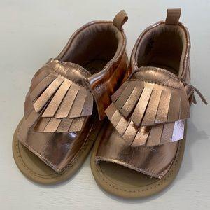 EUC Baby Gap girls sandals, sz 18-24m